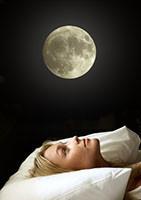 Isto não é um mito: a lua cheia atrapalha o sono